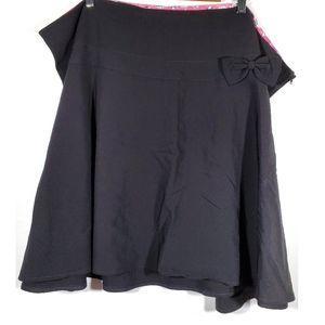 Torrid Black bow skirt NWT Size 26